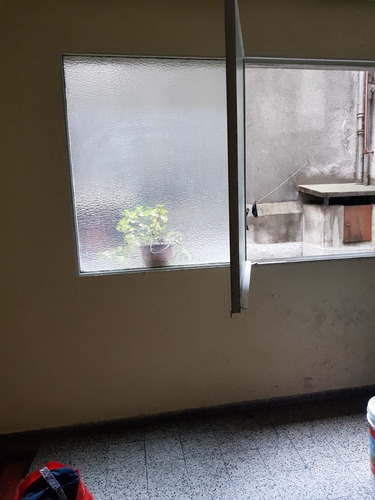 -1 dormitorio en centro, a 100m de 18 de julio, contrafrente