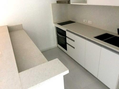 1 dormitorio a 1 cuadra de rambla cocina equipada
