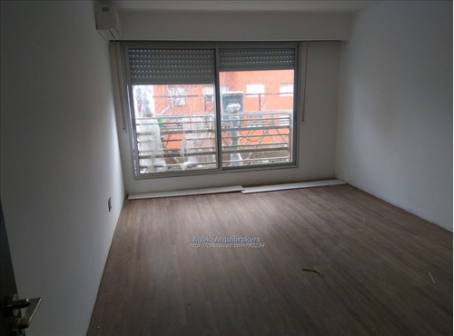 1 dormitorio a estrenar con terraza