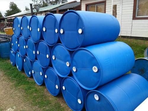 10 tarrinas (bombona tanque) 200 litros plástico impecable.