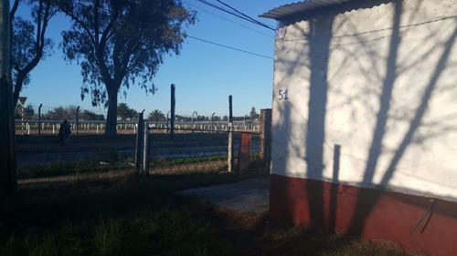 2 casas esq fte hipódromo las piedras, camino america