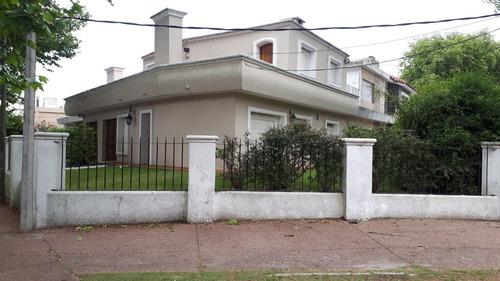 2 excelentes casas en malvin, padrones