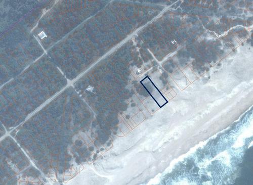 2.600 m2 sobre playa océanica, un lugar único en rocha.