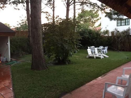3  dor 2 b, jardin, cochera y parrillero en pinares ref 591