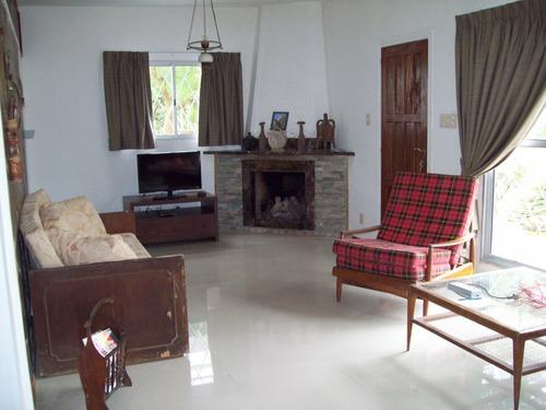 3 dormitorios, 2 baños, temporada alta(ca125)