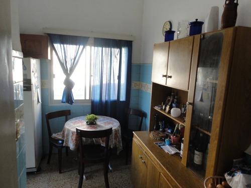 3 dormitorios amplio fondo con barbacoa