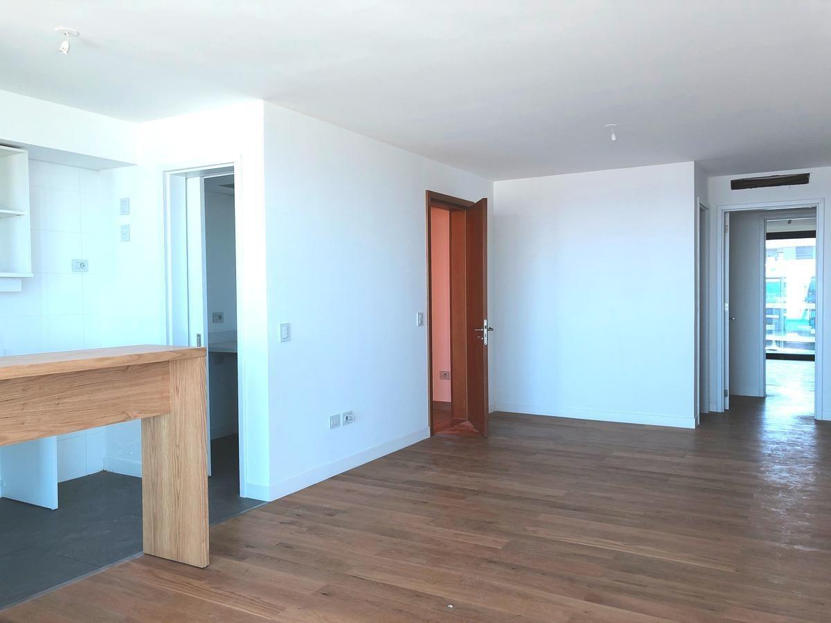3 dormitorios en piso alto forum buceo