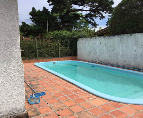 4 dormitorios, 2 bañ, piscina climatizada, gran punto(ca410)