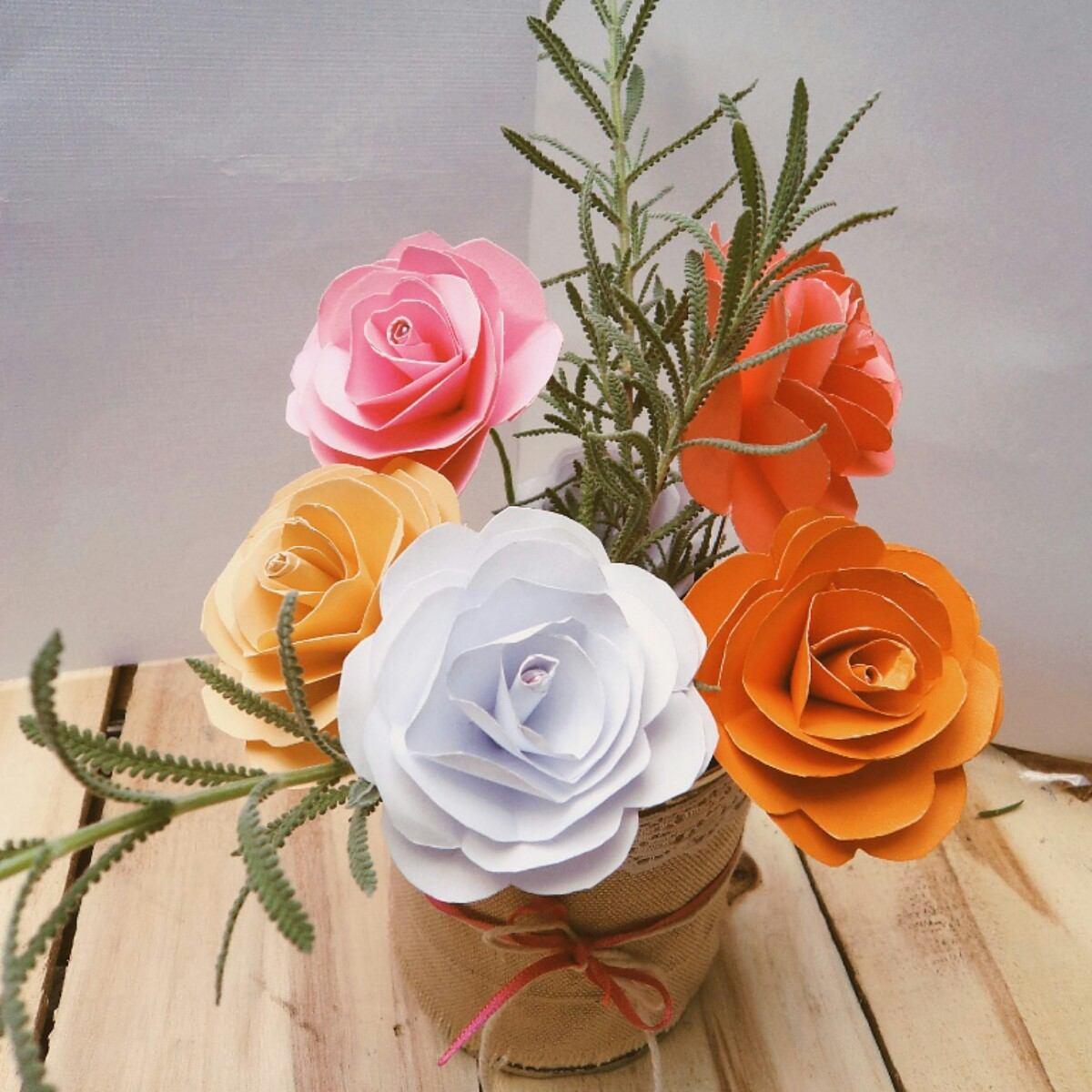 5 Flores De Papel Para Usar Como Centros De Mesa O Souvenirs 80