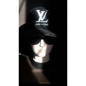 Gorro Louis Vuitton Negro .
