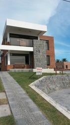 Alquilo Casas A Estrenar En Rambla De Punta Fria