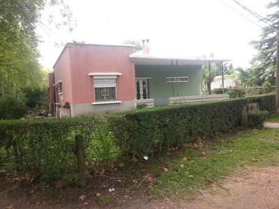 Muy Buena Casa A Tres Cuadras De La Plaza ! ! !