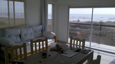 Alquilo Departamento Frente Al Mar Sobre Playa Excepcional.