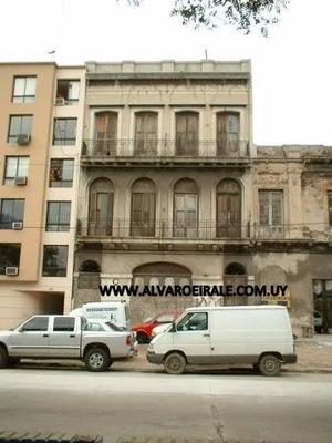 # Casa+ Local Frente Al Puerto Rambla 424