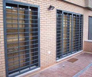 Puerta Reja Reforzada 2x0.8mts. 16mm 2 Cerrojos Soldaura Mig