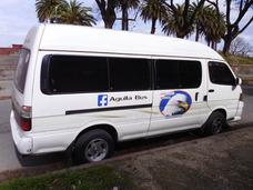 Camioneta Combi Van Fiestas Aeropuerto Pasajeros Traslados