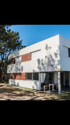 Rebajada!!!!!! Excelente Casa Impecable, Nueva!