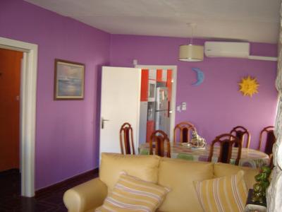 Impecable Casa En Atlantida Cerca De Todo.,...buen Confort..