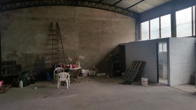 Peteroa Y Martinez Nieto,local 150mts2