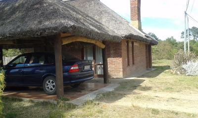 Cabaña Ladrillo A La Vista En Barrio Country. Acep/bco.,