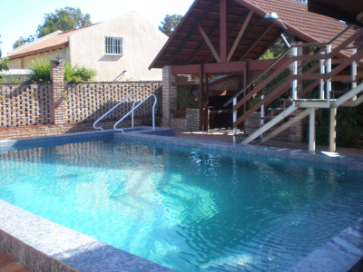 Casa C/piscina 1 1/2 Playa