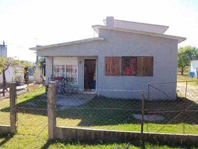 Casa En Canelones 6 Ambientes 3 Dormitorios 600 Mts2 Terreno