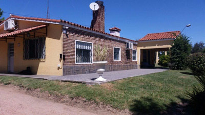 Excelente Casa Quinta A Minutos Del Centro De Progreso