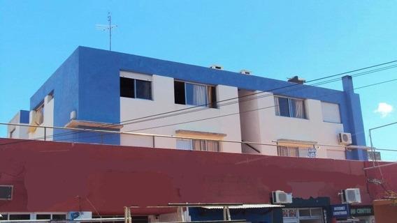 Oportunidad Apartamento A 30 Metros De La Playa. Todo El Año