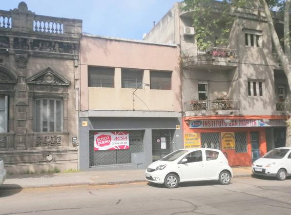 Local Industrial Reducto En Alquiler - Avda. Gral. San Martin 2480