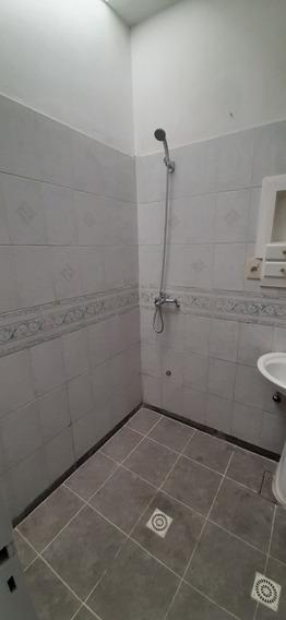 Casa De 5 Ambientes 1 Baño Con Garage