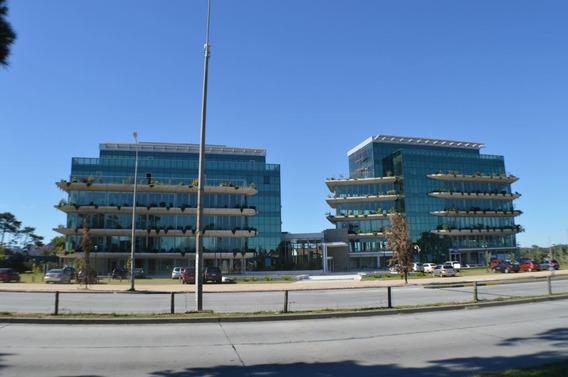 Edificio De Oficinas En Carrasco - Art Carrasco