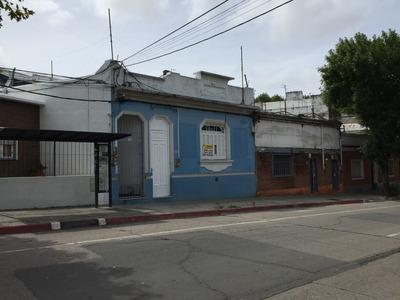 D. Aramburu Entre Millan Y San Martin - Casa 2 Dorm + Escrit