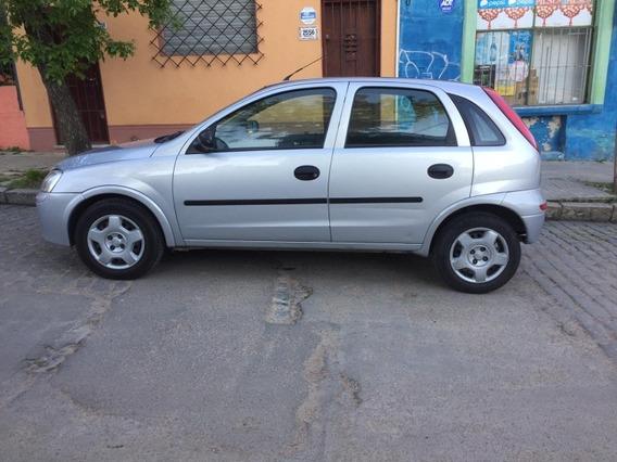 Chevrolet Corsa 2 Hach 1.8 Gl Aa Dh