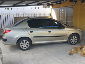 Peugeot 207 Sedan 1.4