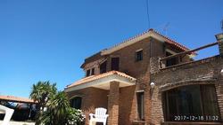 Suc. Solymar - Casa Con Piscina Al Sur Impecable!!!