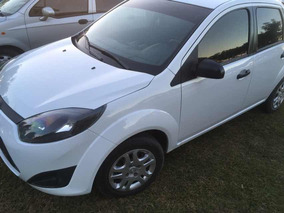 Ford Fiesta Max 2013