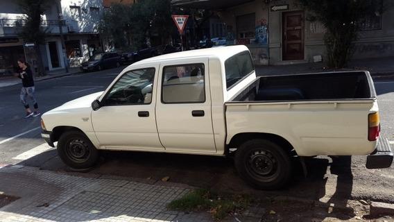 Toyota Hilux 2.8 D/cab 4x2 D Dlx 1999