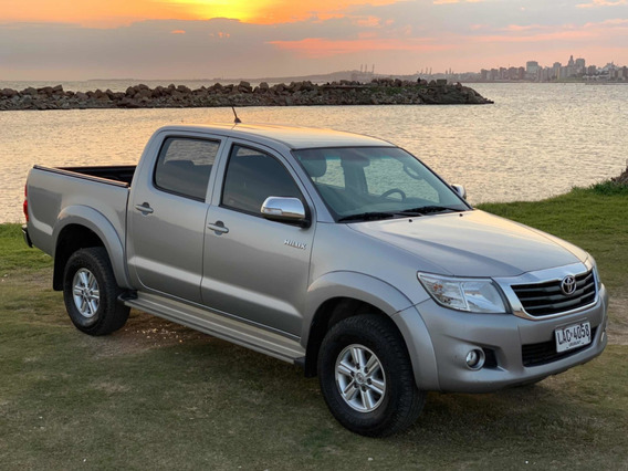 Toyota Hilux 2.7 Sr Año 2015, Descuenta Iva