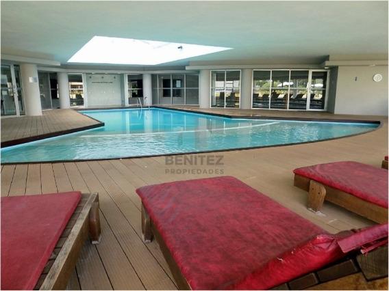 Ocean Drive, Apartamento De 1 Dormitorio. Piscinas, Parrilleros, Canchas Y Más! Imperdible.-ref:8425