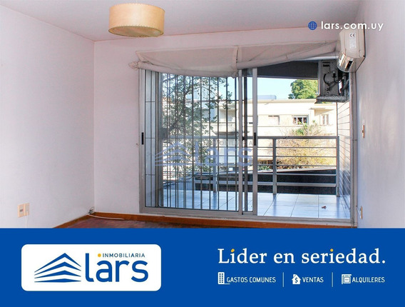 Apartamento En Alquiler / Punta Carretas - Inmobiliaria Lars