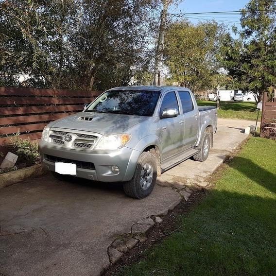 Toyota Hilux 3.0 Tdi Srv Cab Doble At 4x4 Cuero