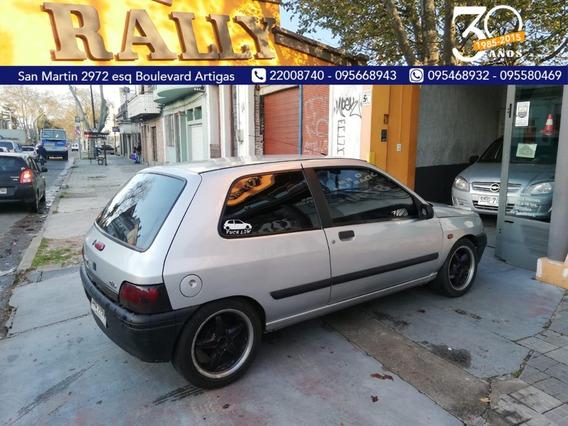 Renault Clio 1997 1.6 Financio Permuto