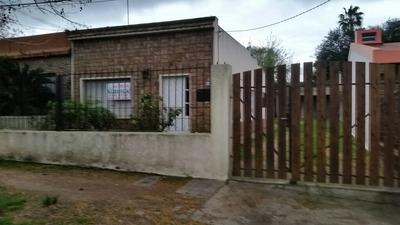 Alquiler De Hermosa Propiedad De Dos Dorm, Parrillero Y Gara