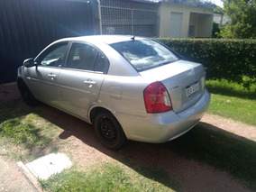 Hyundai Accent 1.5 Gls At 2010