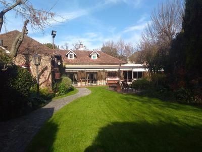 Magnifica Residencia En Hurlingham- Barrio Inglés