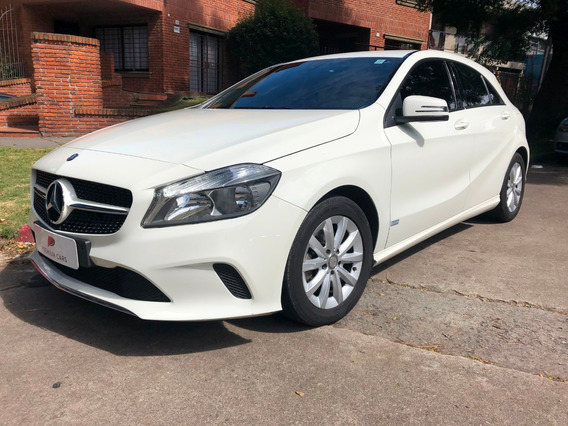Mercedes Benz Clase A 1.6 Urban A200 2017, Único Dueño