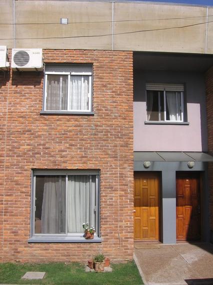 Vendo Salto: Duplex 3 Dormitorios, Con Garage.