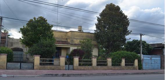 Casa 8 Ambientes Y 2 Baños