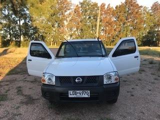 Nissan Pick-up Impecable Estado