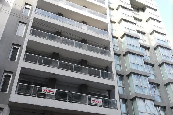 Al Frente 2 Dormitorios, Terraza